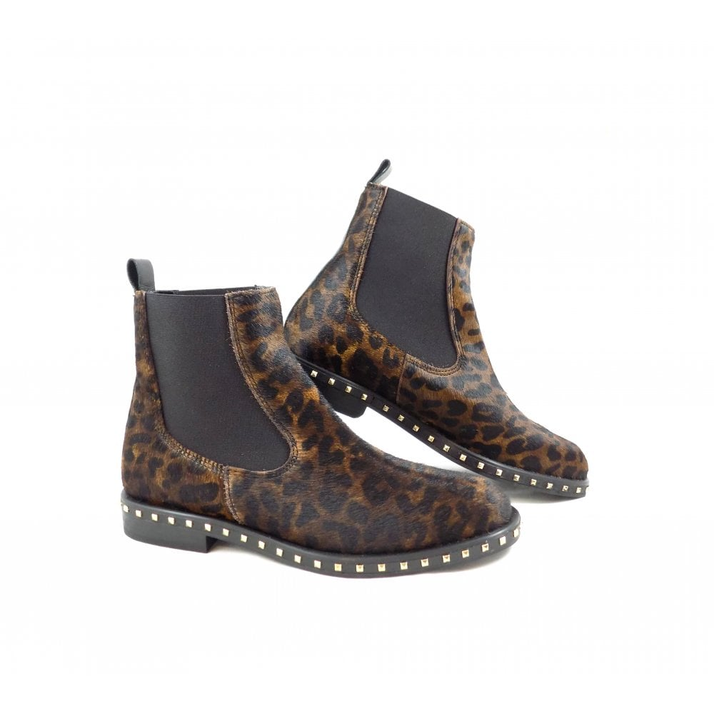 19f1a3c20c85 Alpe 3647 Chelsea Boots in Leopard Print Hairy Leather