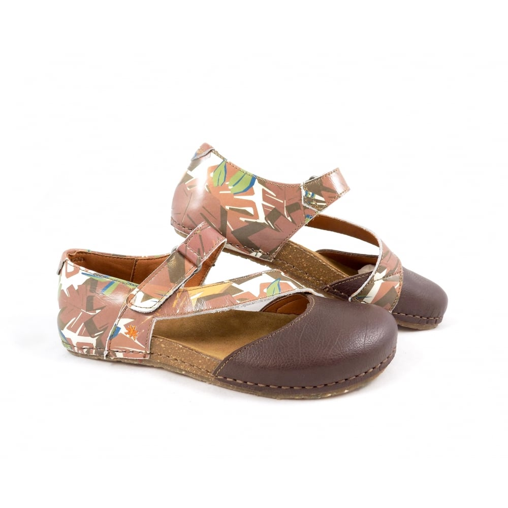 3593acbd Art Creta 1250F Closed Toe Sandals in Safari Leather | rubyshoesday