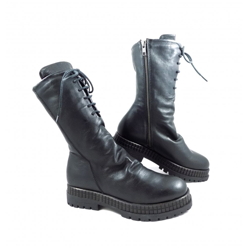 Bueno 3006 Mid Calf Boots With Laces In Black Leather