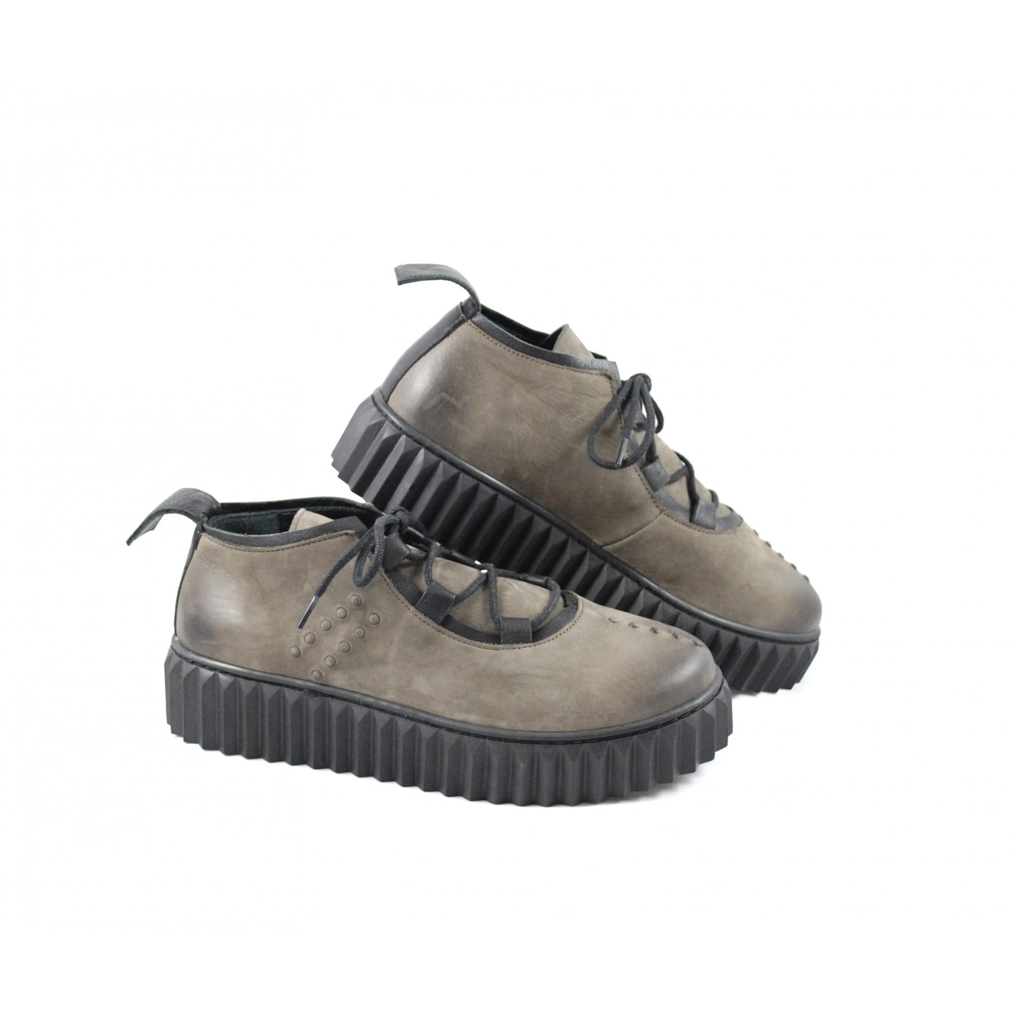 Bueno 7400 Lace Up Shoe With Chunky