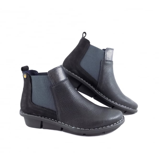 Jungla 6371 Chelsea Boot with Low Wedge